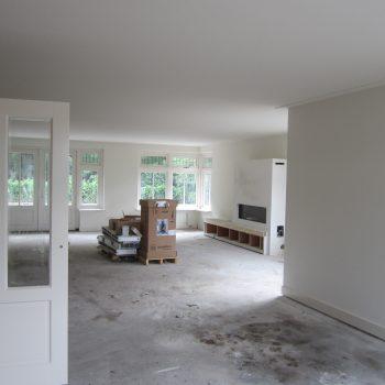 Stucwerk/pleisterwerk + latex spuiten van wanden en plafonds afgerond nieuwbouwproject in 's-Hertogenbosch.