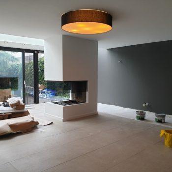 Latex spuiten van wanden en plafonds afgerond project in Tilburg.