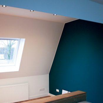 Latex spuiten wanden en plafond gehele woning in Breda. Inclusief 2 kleurtinten slaapkamers.